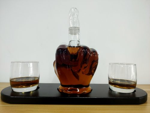 Middle Finger Whiskey Decanter & 2 Wine Glasses Set photo review